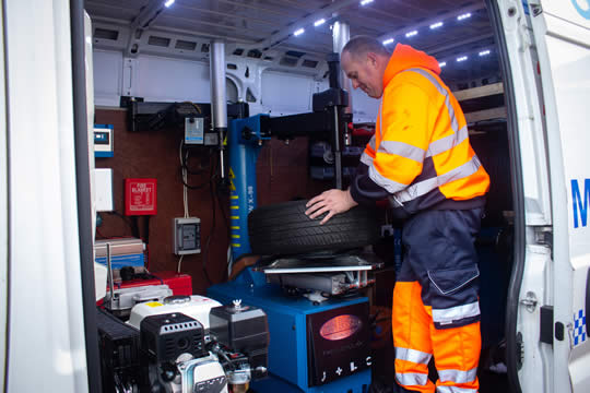 Glenside Recovery - New tyre fitting