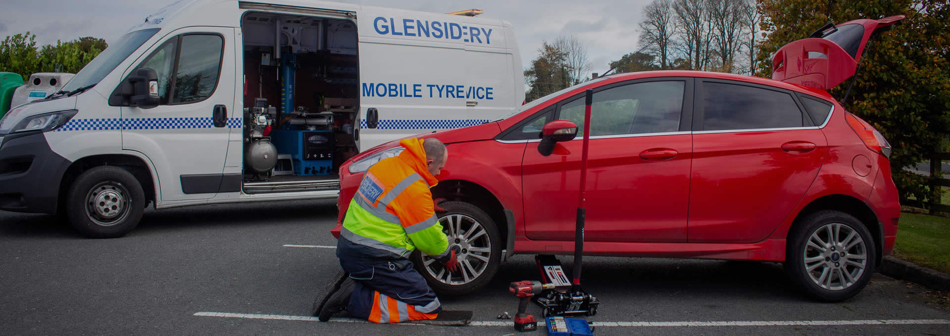 Tyre Service Slider